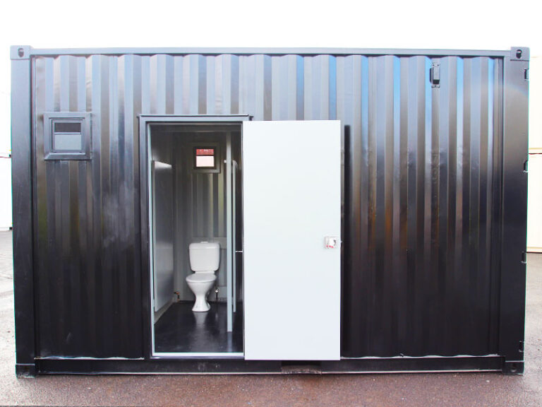 toilet-showing-black-ablution